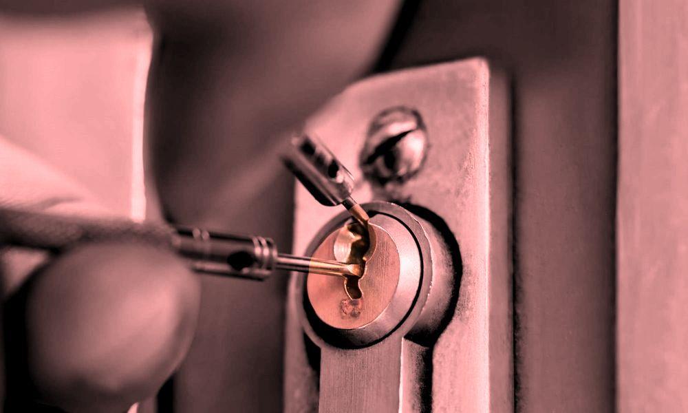 locksmith safe locksmith services