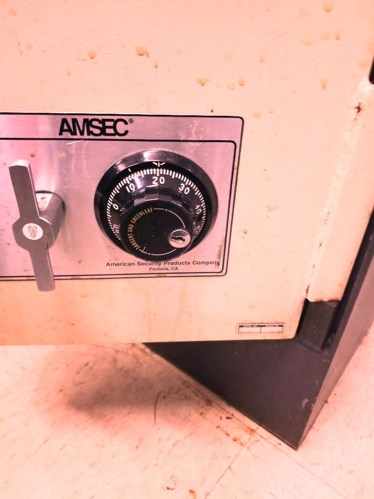 adam o neill locksmith locks intallation