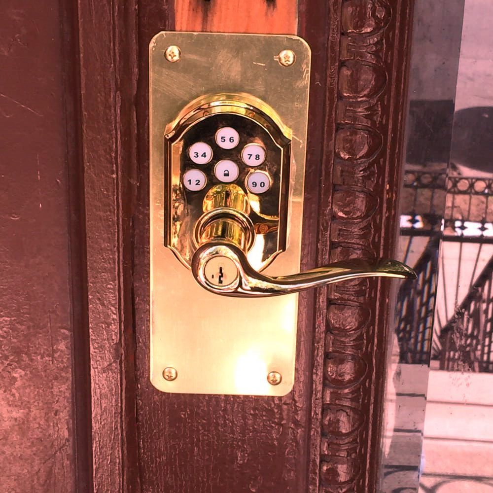 affordable locksmith   hardware lll inc residential locksmiths