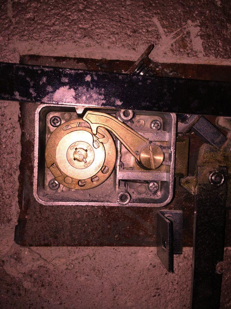 as-locksmith safe locksmith services