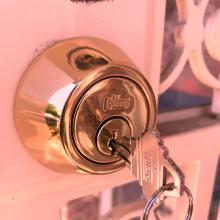 Locksmith Queens commercial locksmiths